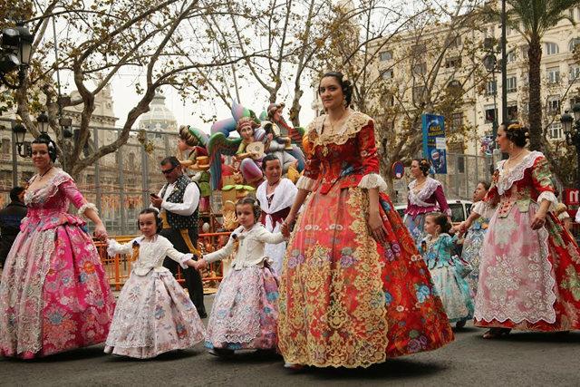 巴伦西亚城法利斯节日  2_图1-3