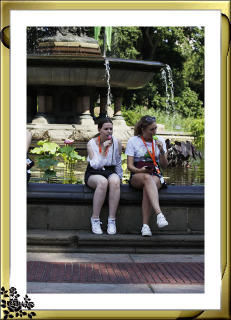 中央公园人物抓拍_图1-8