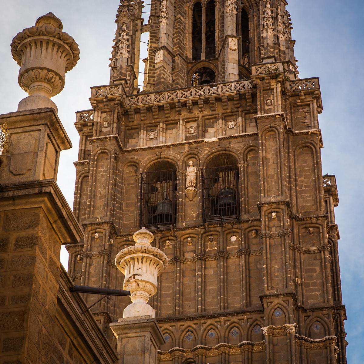 西班牙小鎮的古建築,走近看一看_圖1-5