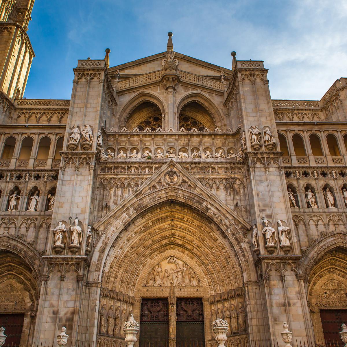 西班牙小鎮的古建築,走近看一看_圖1-4