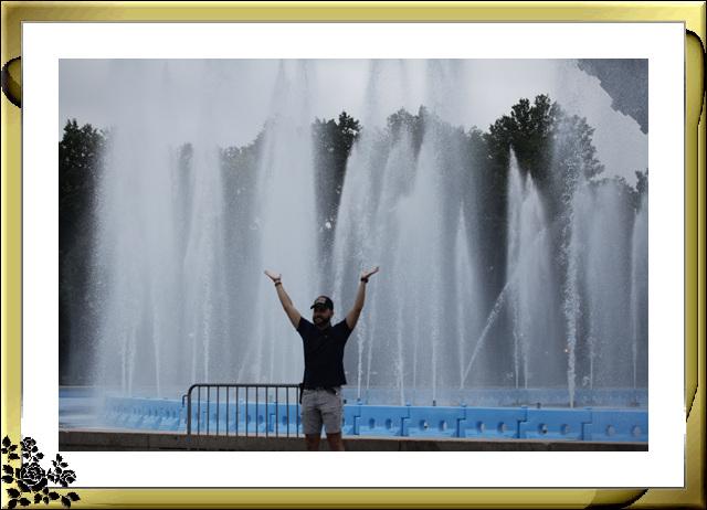 法拉盛可乐娜公园地球仪喷水池风光_图1-12