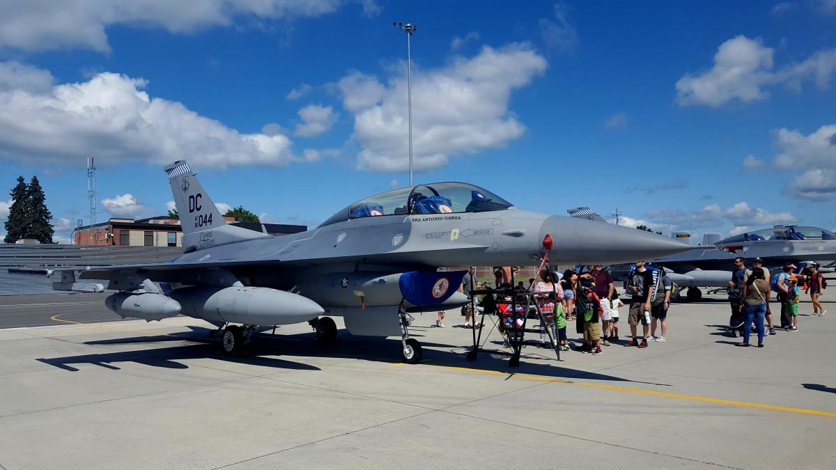 飞行表演 - Air Show, Westfield MA_图1-85