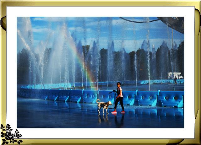 法拉盛可乐娜公园地球仪喷水池夜景_图1-16