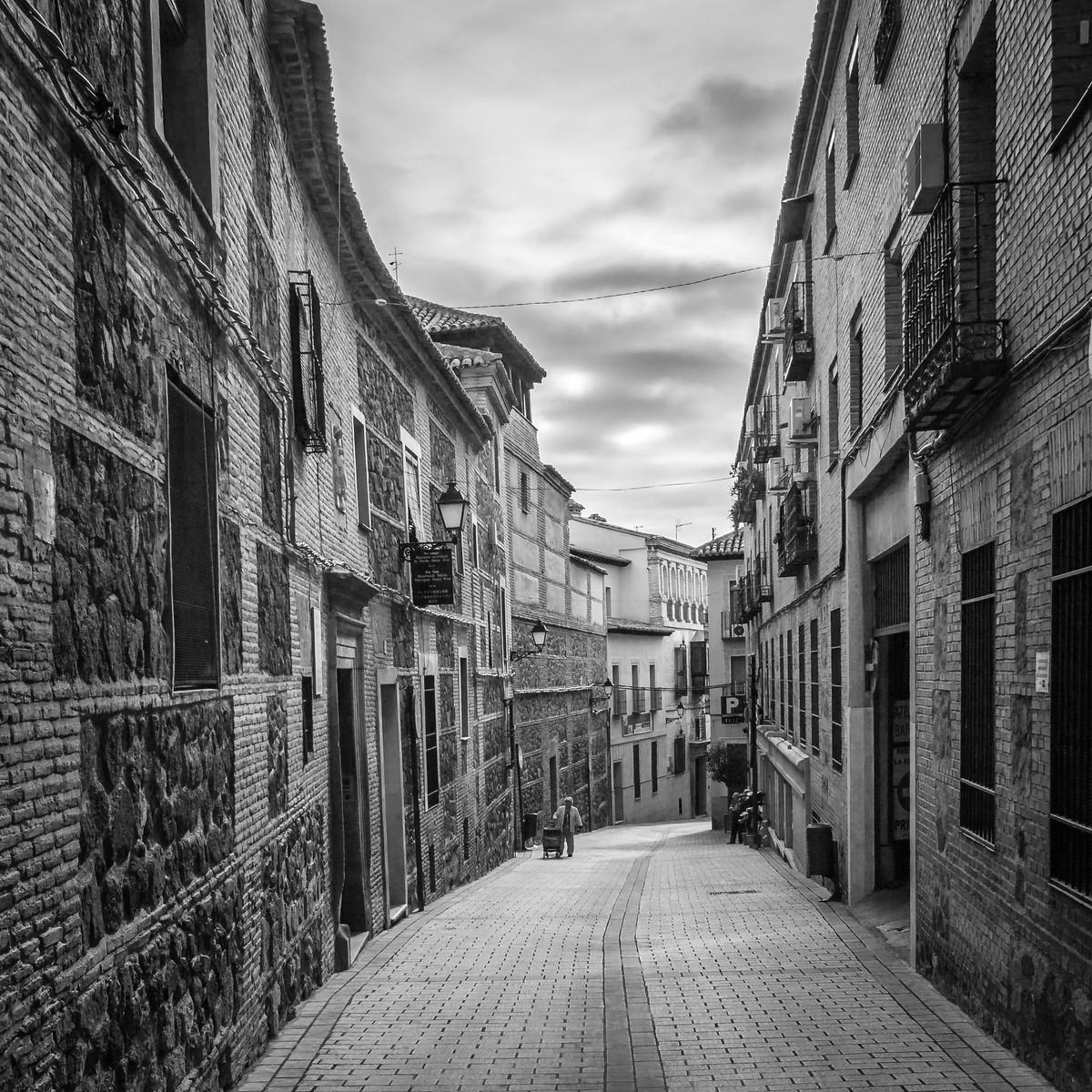 西班牙小镇,那些幽静的小石路_图1-2