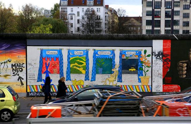 柏林墙壁画_图1-4