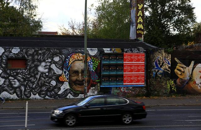 柏林墙壁画_图1-16