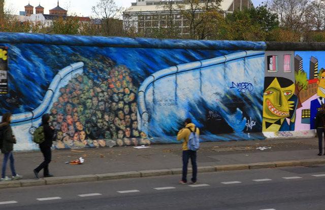 柏林墙壁画_图1-25