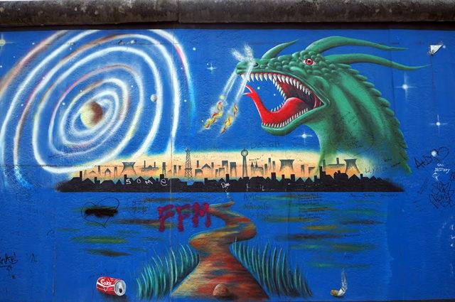 柏林墙壁画_图1-32