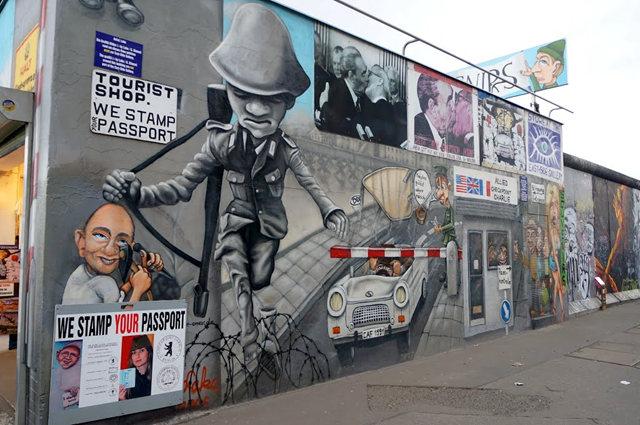 柏林墙壁画_图1-34