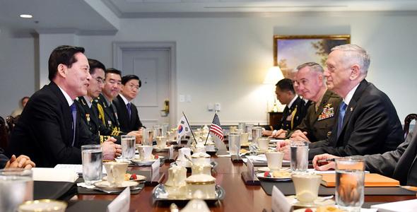"""美国可能在韩国部署""""战术核武器""""_图1-1"""