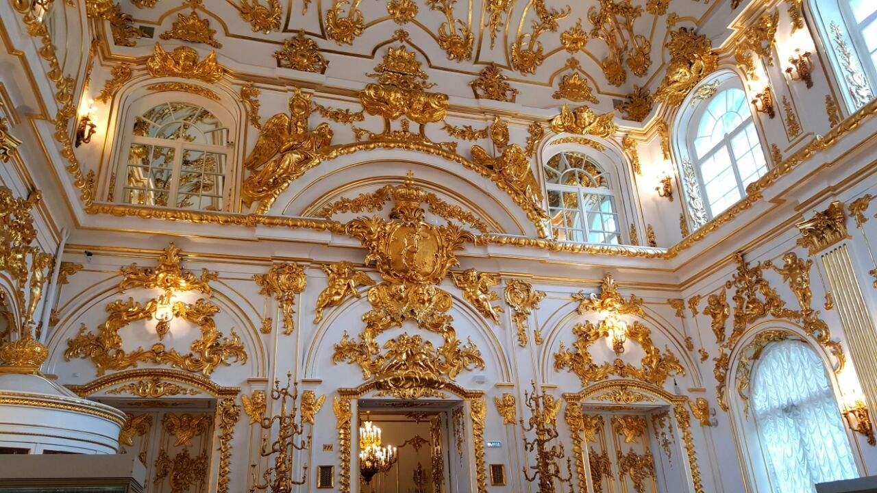 【(二)冬宫 -- 俄罗斯帝国辉煌的宫殿】_图1-2