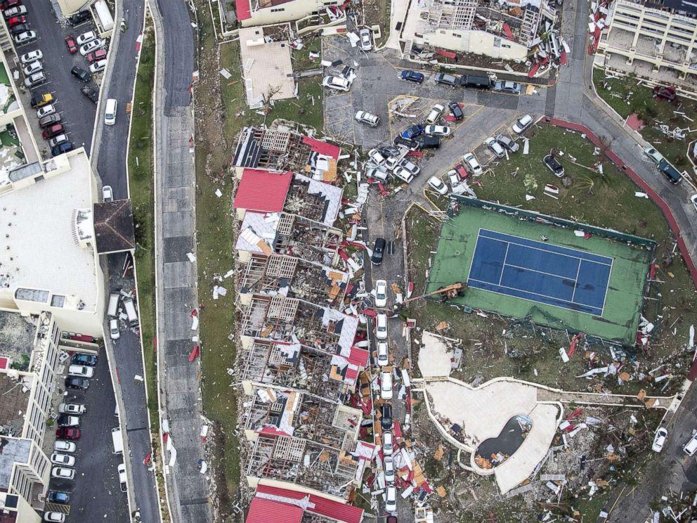 """热带风暴威胁下的佛罗里达""""狂想曲""""_图1-2"""
