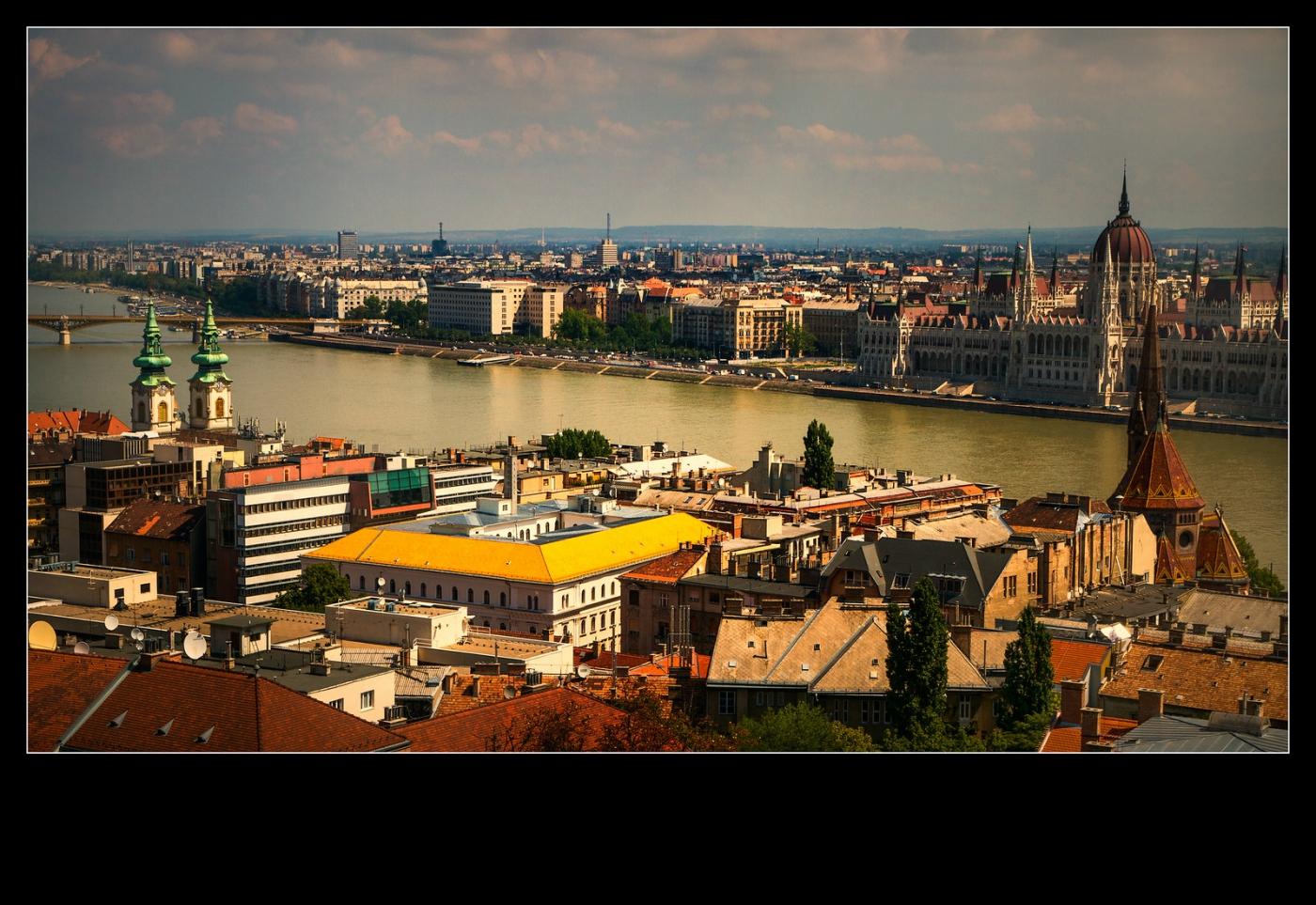 俯瞰布达佩斯,独一无二_图1-8