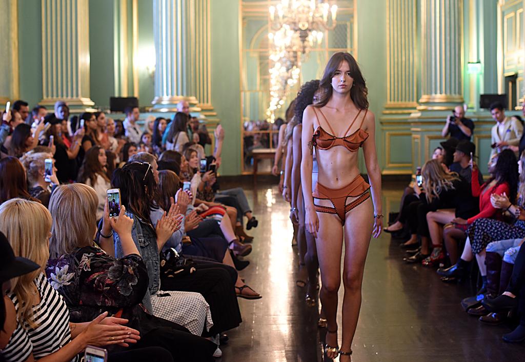 如何向懒人推销时尚:旧金山时装周一瞥_图1-5