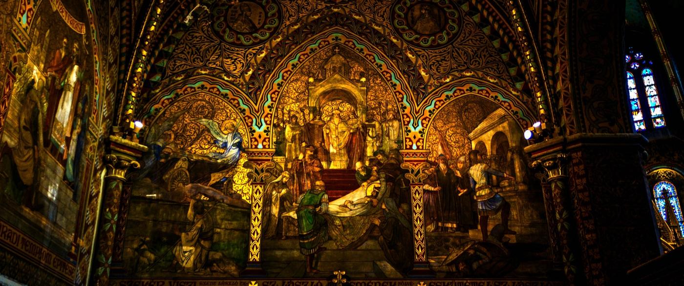 布达佩斯马加什教堂,内设精致豪华_图1-2