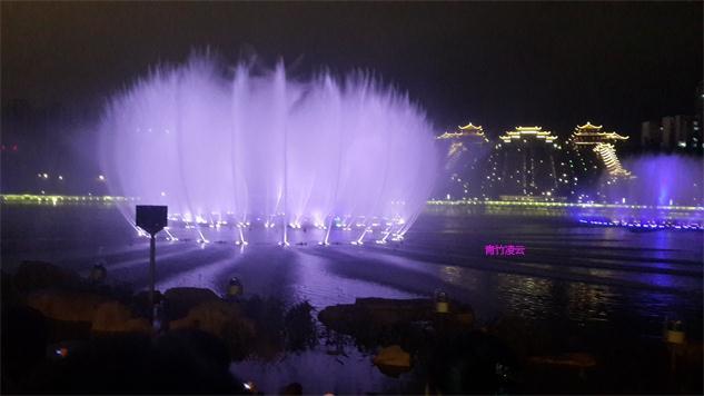 【青竹凌云】似梦似幻的音乐喷泉 (原创摄影)_图1-7