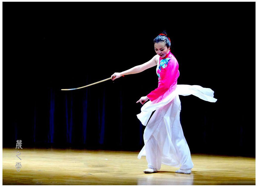 """剑舞--表演者""""史颖""""_图1-3"""