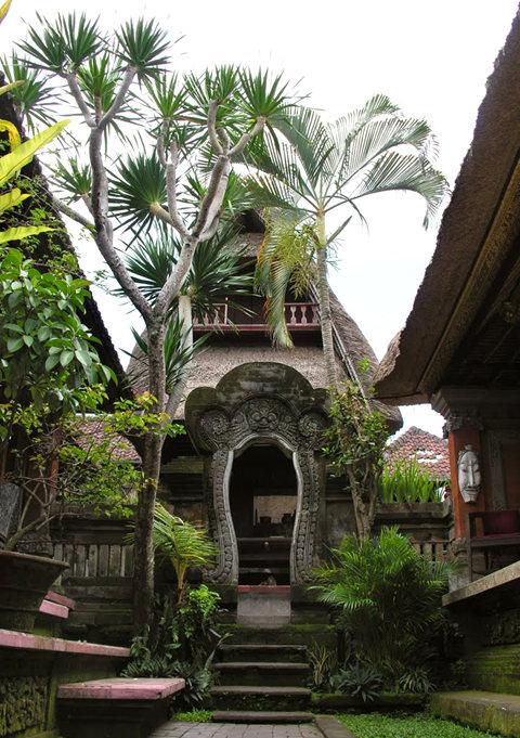 印尼萨拉斯瓦蒂寺.乌布王宫_图1-2