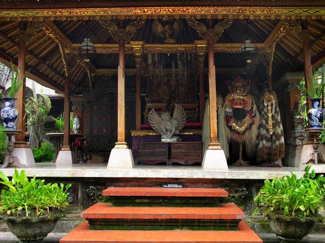 印尼萨拉斯瓦蒂寺.乌布王宫_图1-3