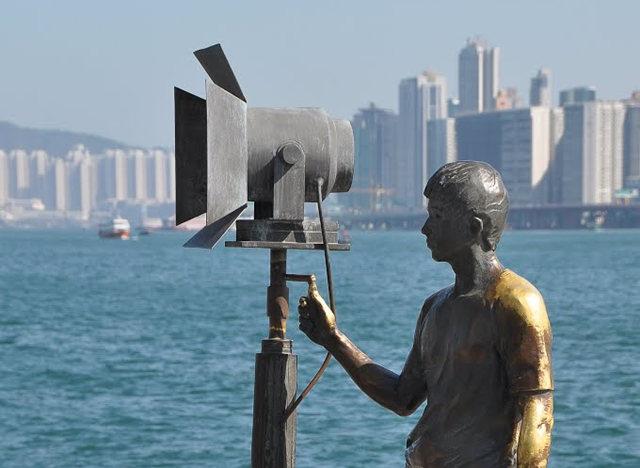 香港城雕_图1-3