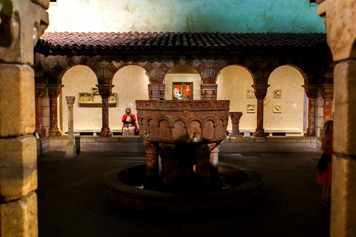 费城艺术馆,光影下的艺术品_图1-6