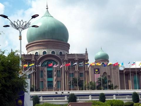 马来西亚的水上清真寺_图1-3