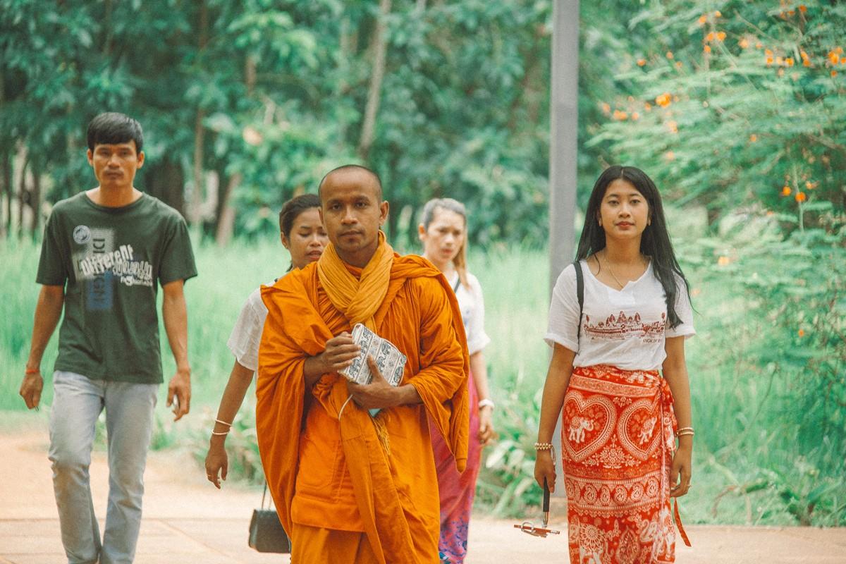 【杆说杆摄】行走柬埔寨 春夏秋冬又一春 柬埔寨幸福的小和尚们 ..._图1-4