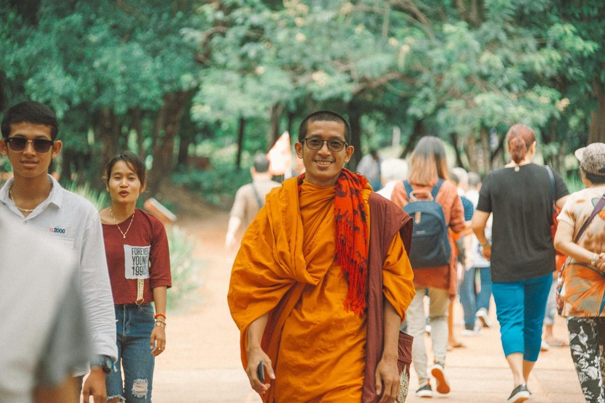 【杆说杆摄】行走柬埔寨 春夏秋冬又一春 柬埔寨幸福的小和尚们 ..._图1-5