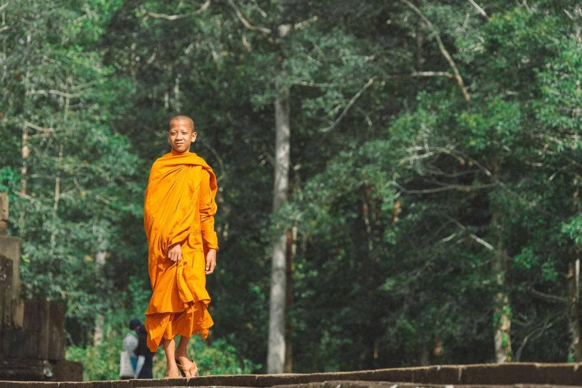 【杆说杆摄】行走柬埔寨 春夏秋冬又一春 柬埔寨幸福的小和尚们 ..._图1-16