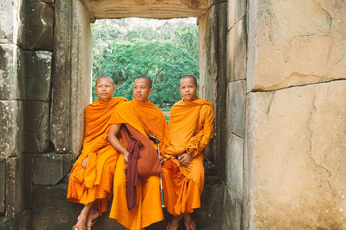【杆说杆摄】行走柬埔寨 春夏秋冬又一春 柬埔寨幸福的小和尚们 ..._图1-18
