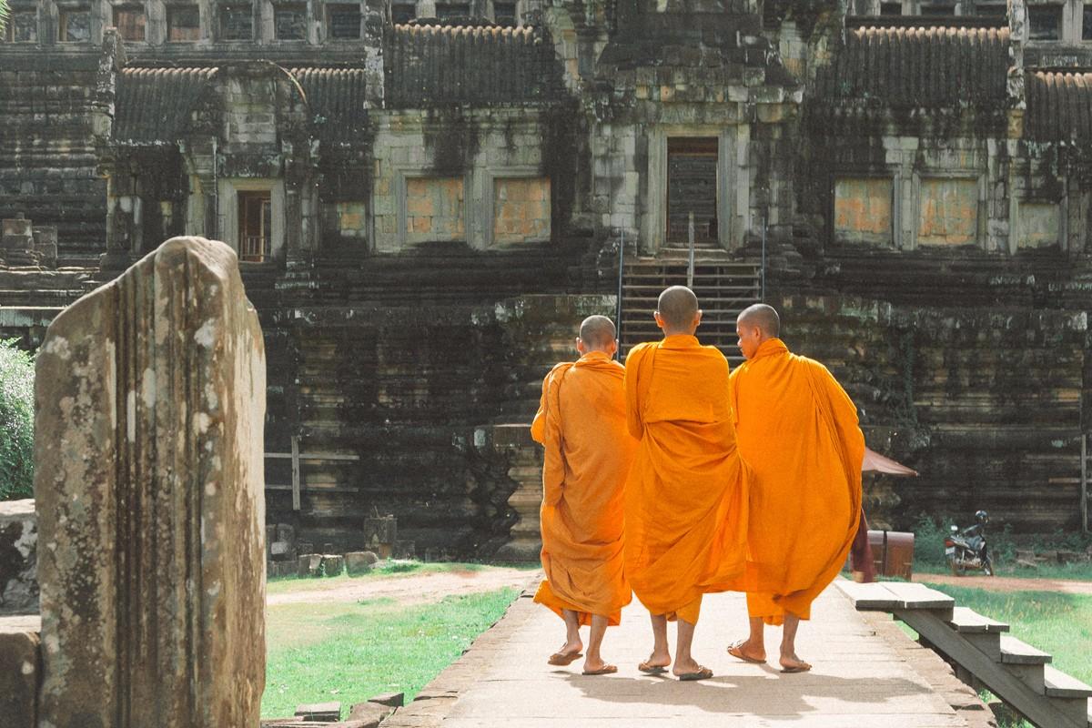 【杆说杆摄】行走柬埔寨 春夏秋冬又一春 柬埔寨幸福的小和尚们 ..._图1-19