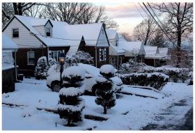 纽约地区入冬首雪景色迷人