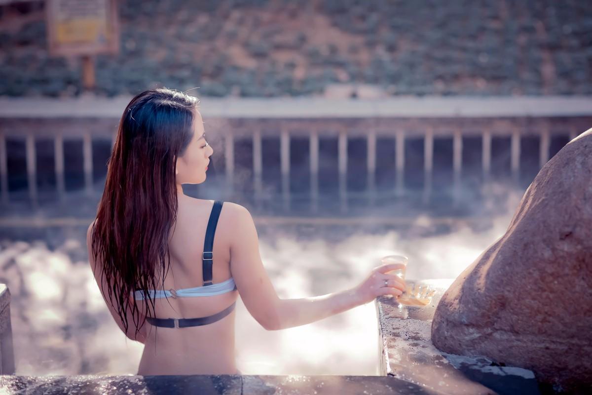 【杆说杆摄】临沂温泉宝贝刘欣泳装出镜 差点冻感冒了 请用一种积极的心态欣赏点评 ..._图1-8