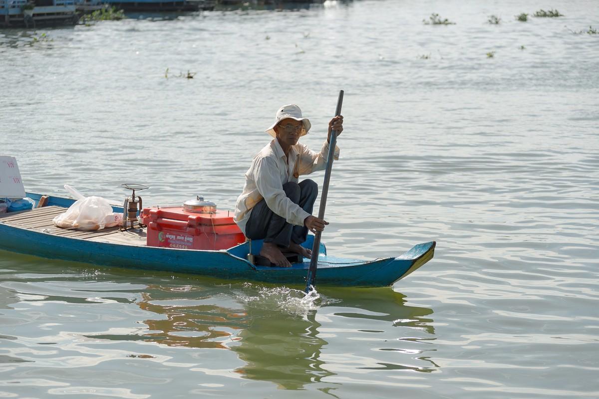 洞里萨湖 被祖国抛弃的漂浮着的难民营_图1-13