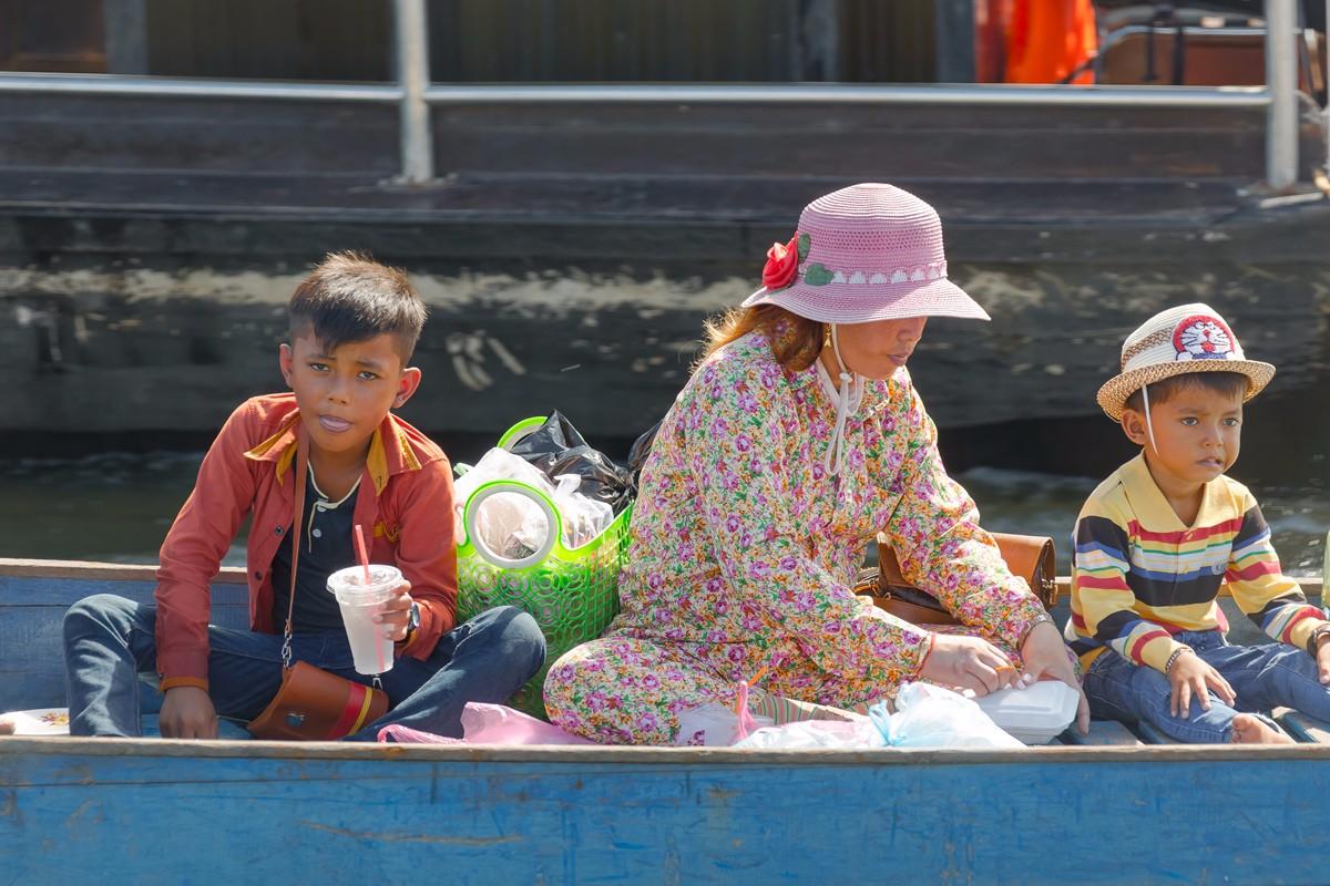 洞里萨湖 被祖国抛弃的漂浮着的难民营_图1-11