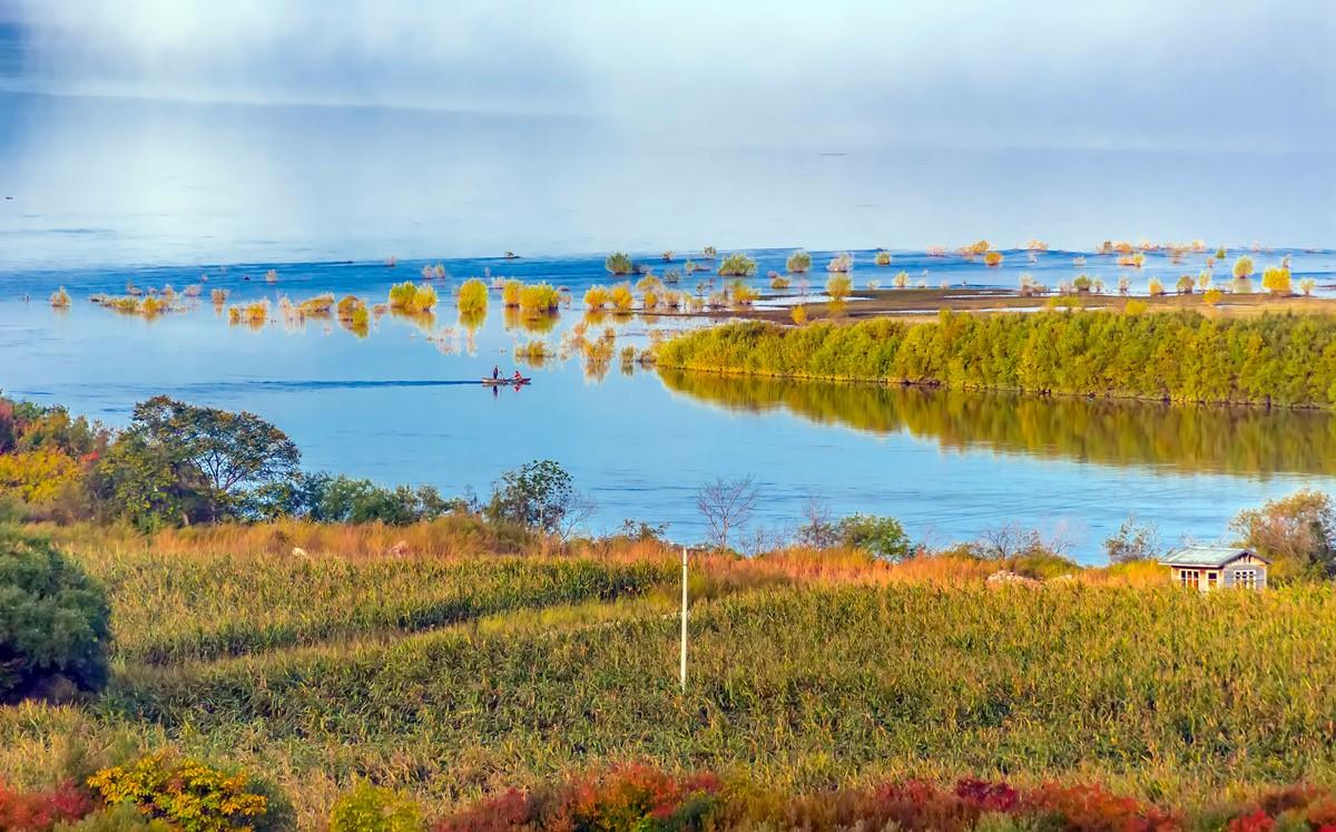黑龙江上游有一个美丽的边陲小城 她的对面就是俄罗斯_图1-2