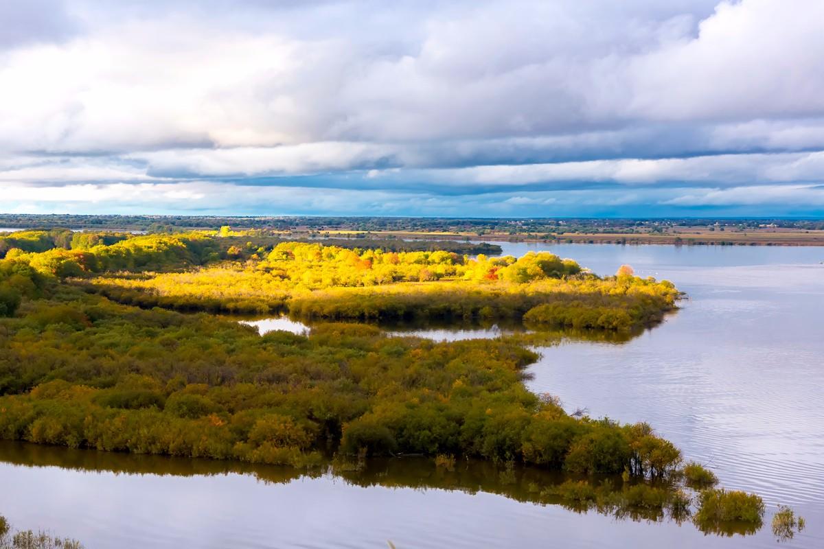 黑龙江上游有一个美丽的边陲小城 她的对面就是俄罗斯_图1-10