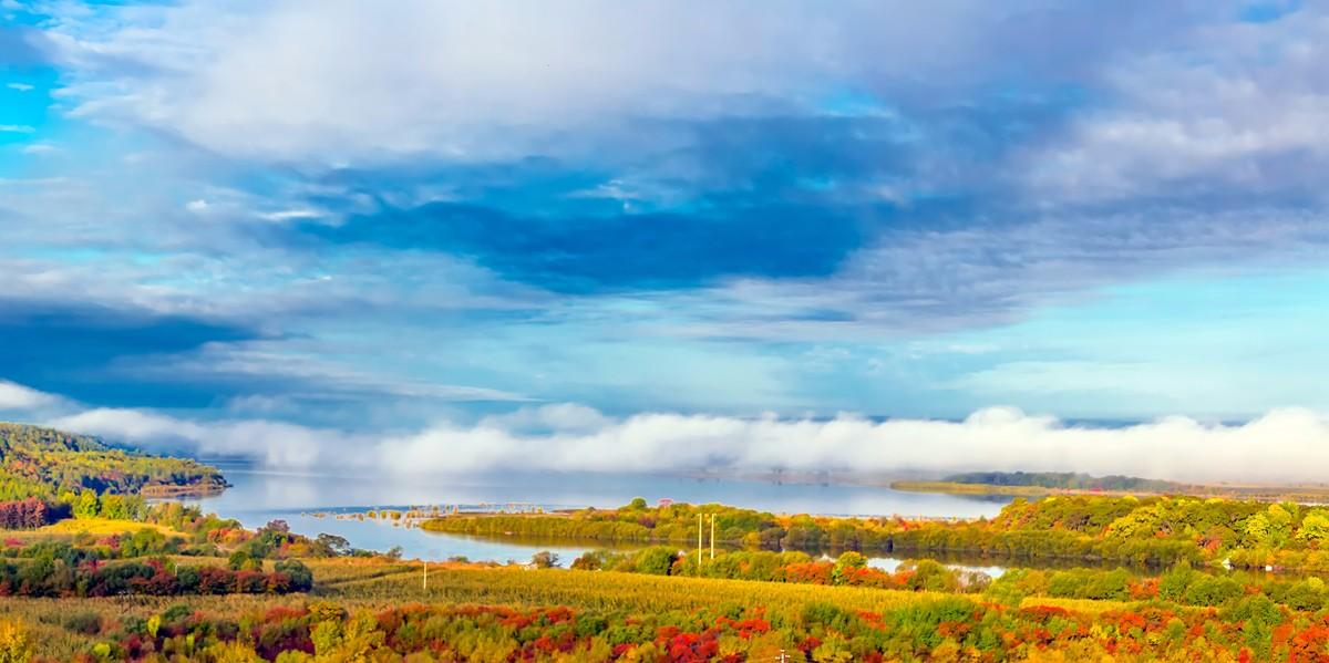 黑龙江上游有一个美丽的边陲小城 她的对面就是俄罗斯_图1-16