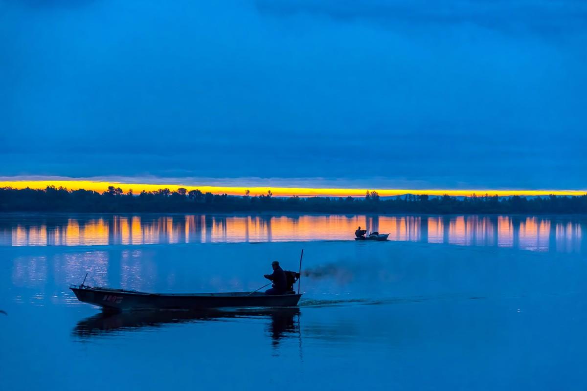 黑龙江上游有一个美丽的边陲小城 她的对面就是俄罗斯_图1-18