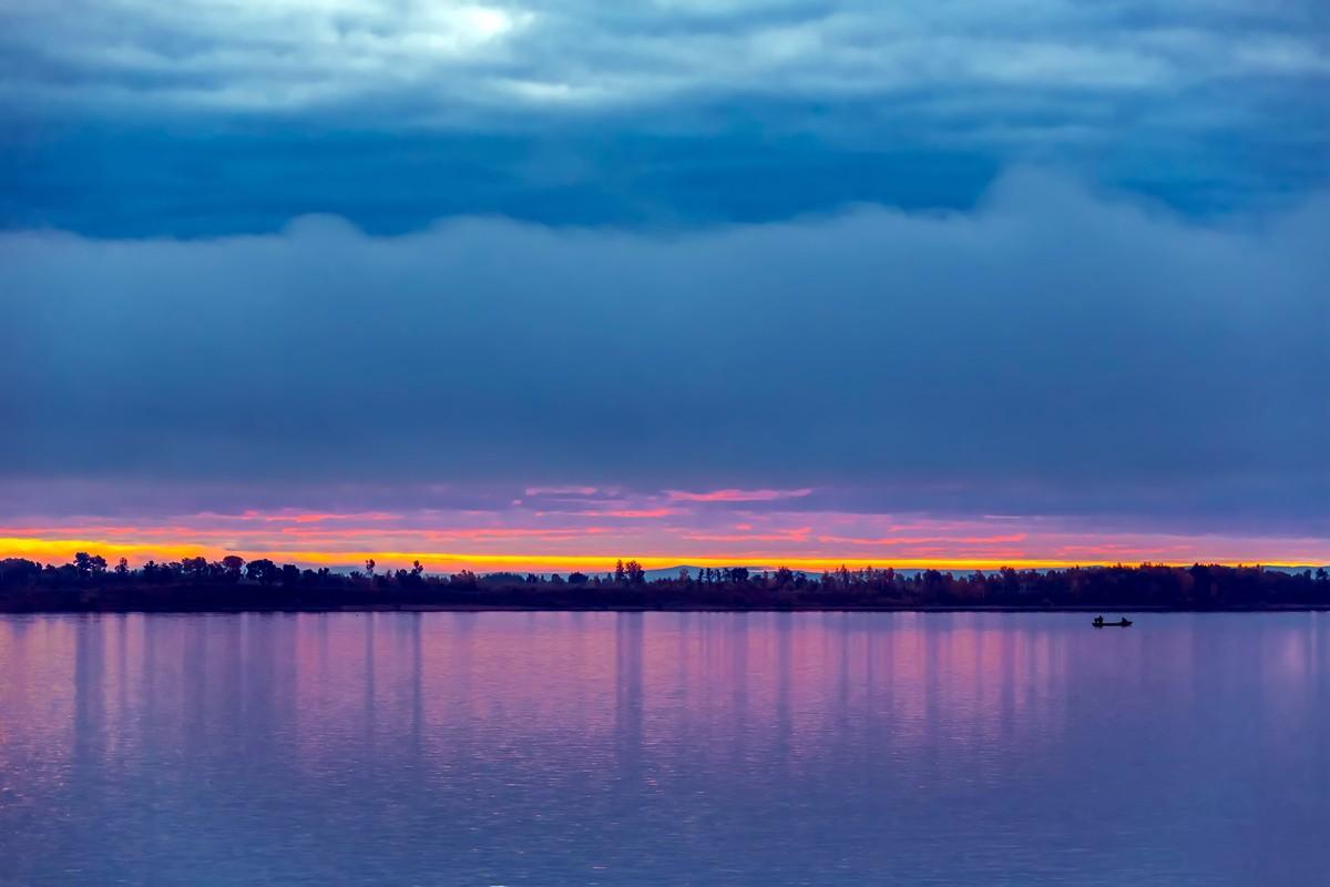 黑龙江上游有一个美丽的边陲小城 她的对面就是俄罗斯_图1-20