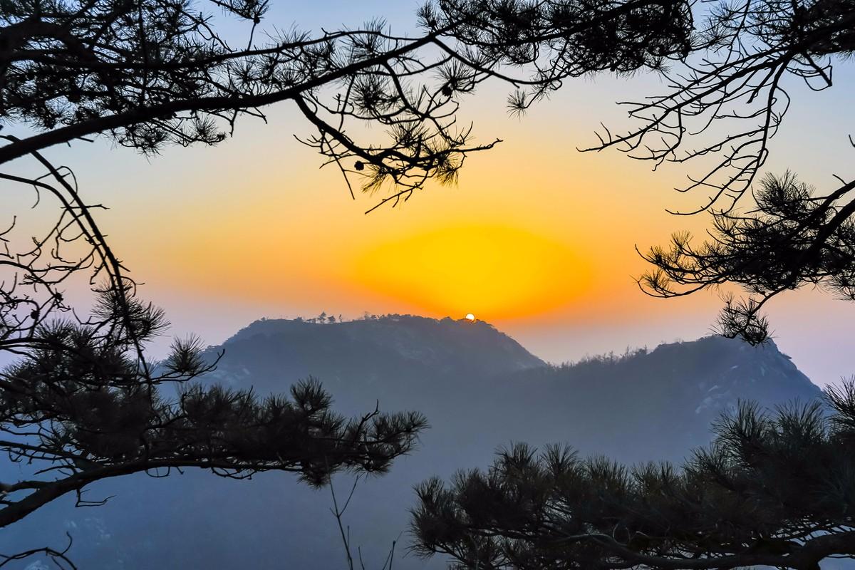 沂蒙摄影人在蒙山之巅迎接新年的第一缕阳光_图1-6