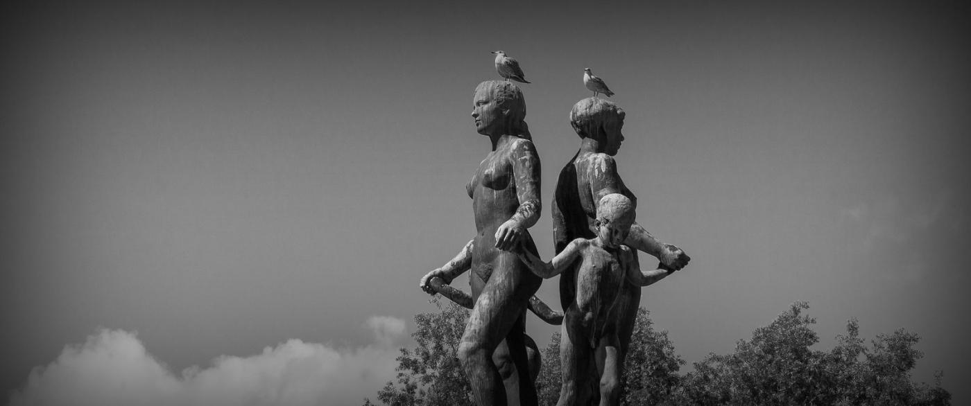挪威奥塞罗,街头著名雕塑_图1-4