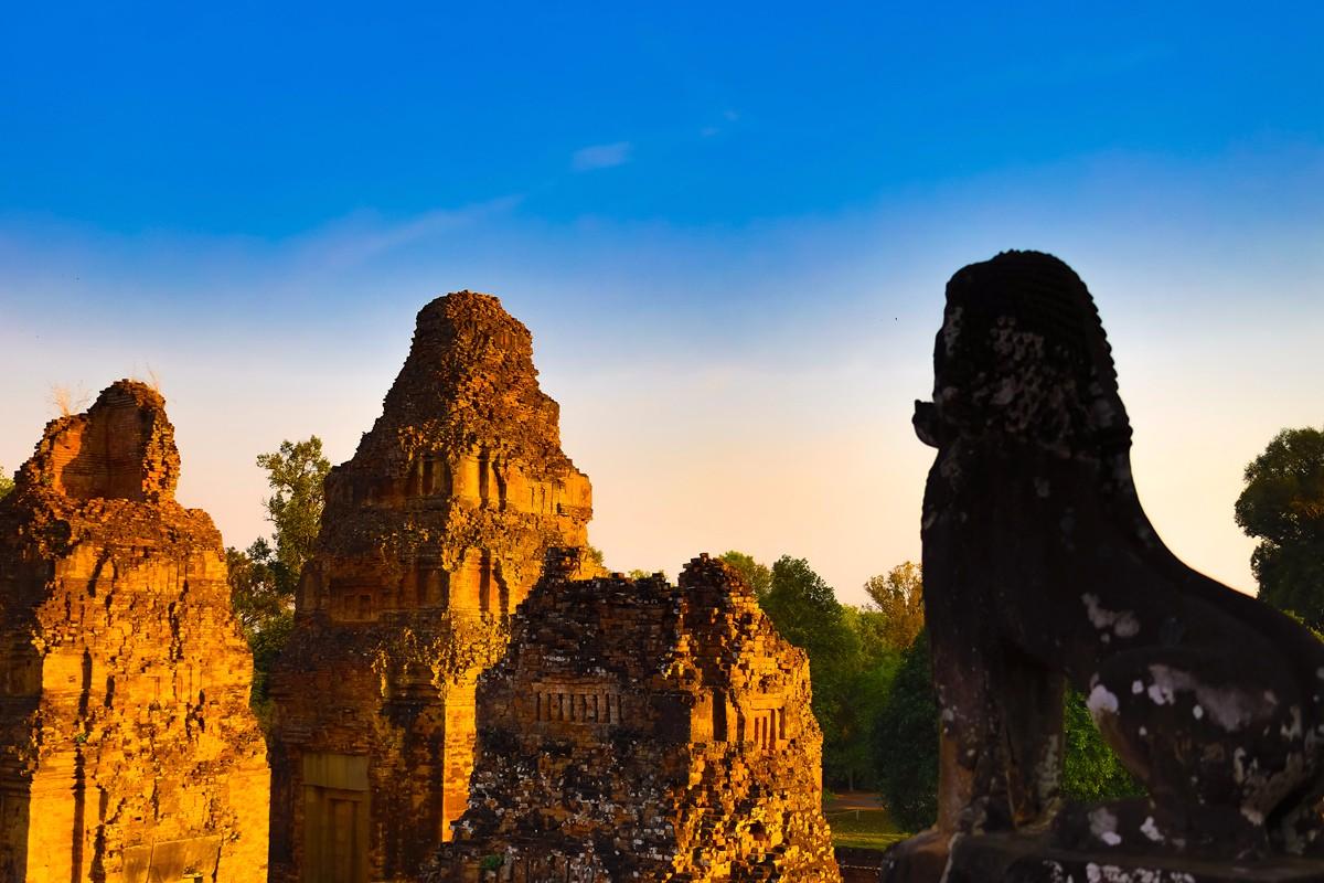 夕阳西下 曾经的火葬场变成名副其实的变身塔 行摄柬埔寨之比粒寺 ..._图1-2