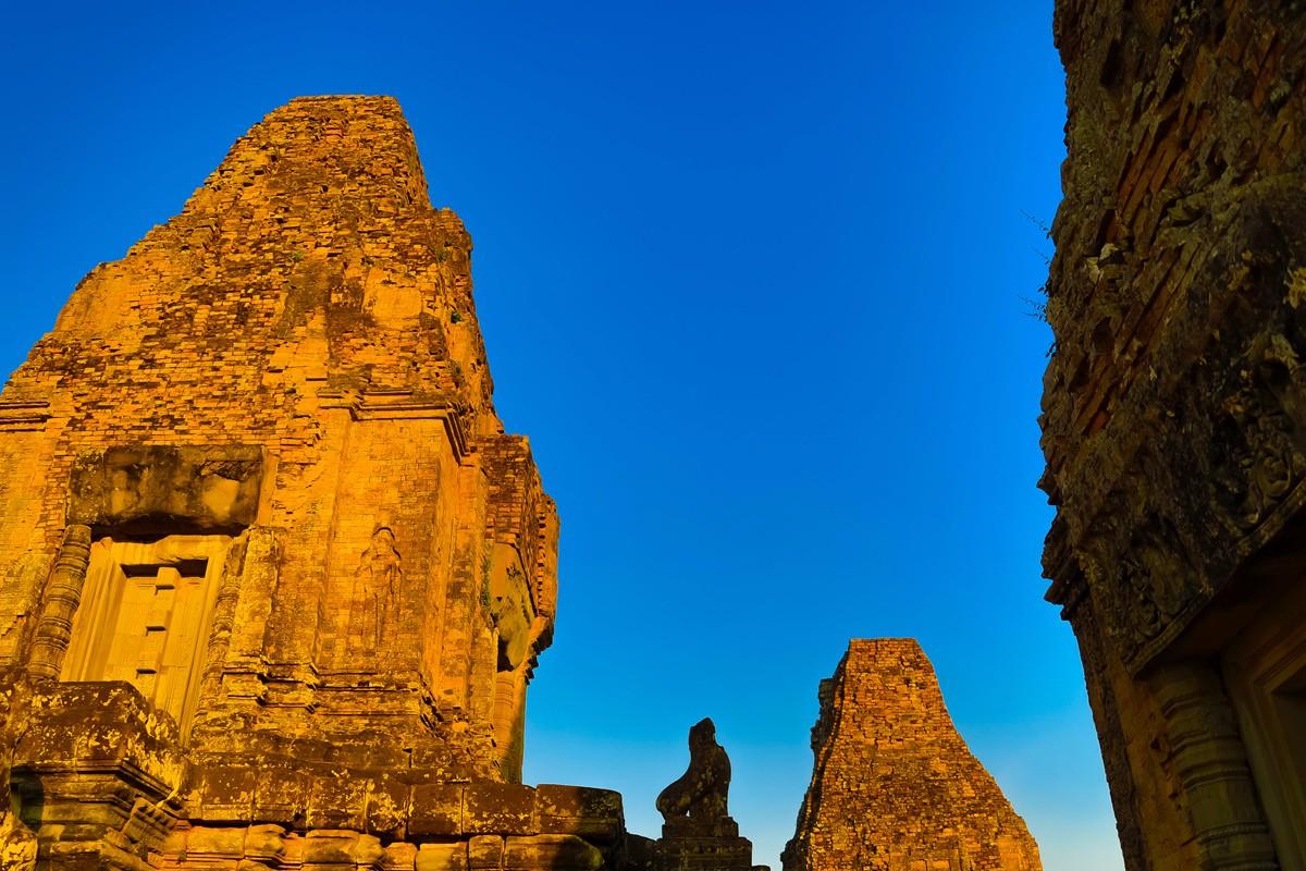 夕阳西下 曾经的火葬场变成名副其实的变身塔 行摄柬埔寨之比粒寺 ..._图1-5