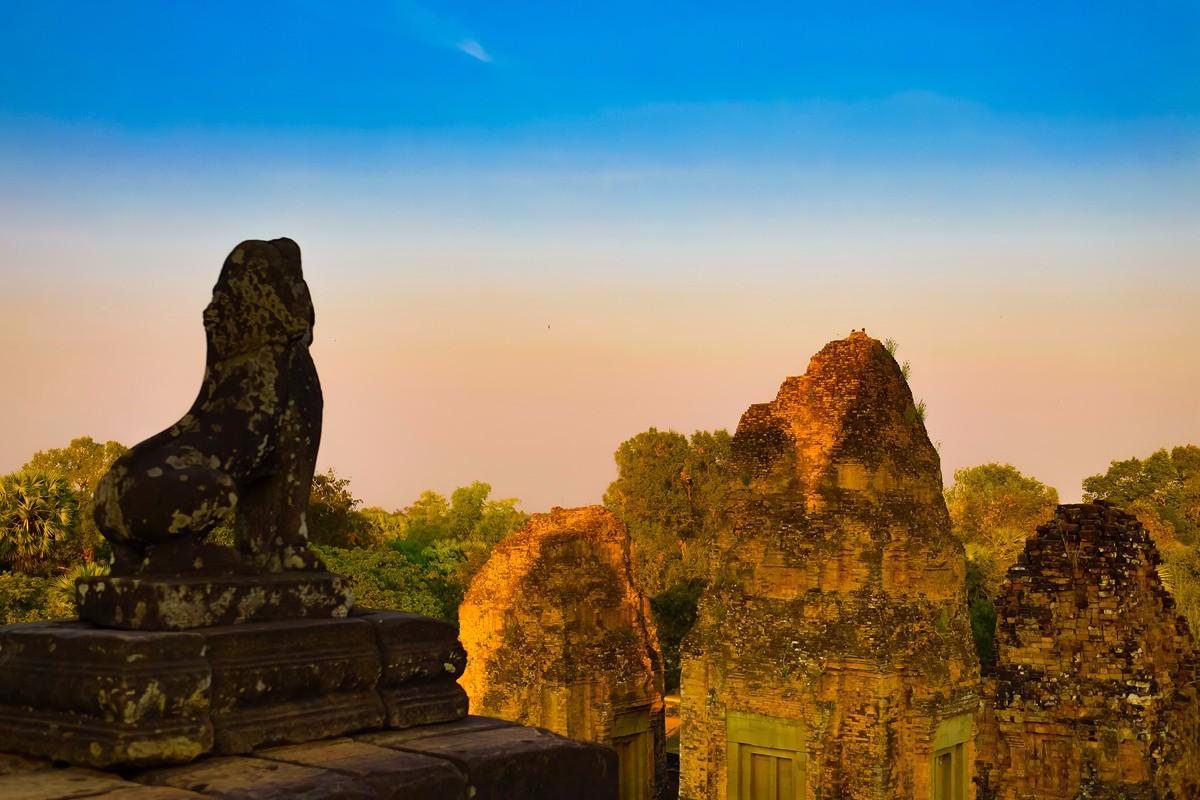 夕阳西下 曾经的火葬场变成名副其实的变身塔 行摄柬埔寨之比粒寺 ..._图1-8