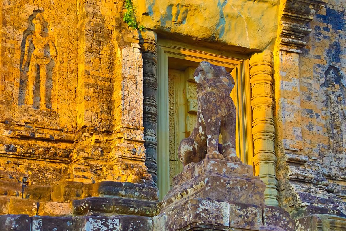 夕阳西下 曾经的火葬场变成名副其实的变身塔 行摄柬埔寨之比粒寺 ..._图1-12