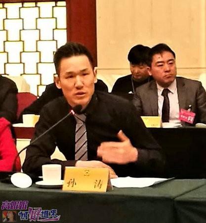 """高娓娓:安徽两会期间,海外列席代表为安徽深度参与""""一带一路""""建设建言献策 ... ... ..._图1-6"""