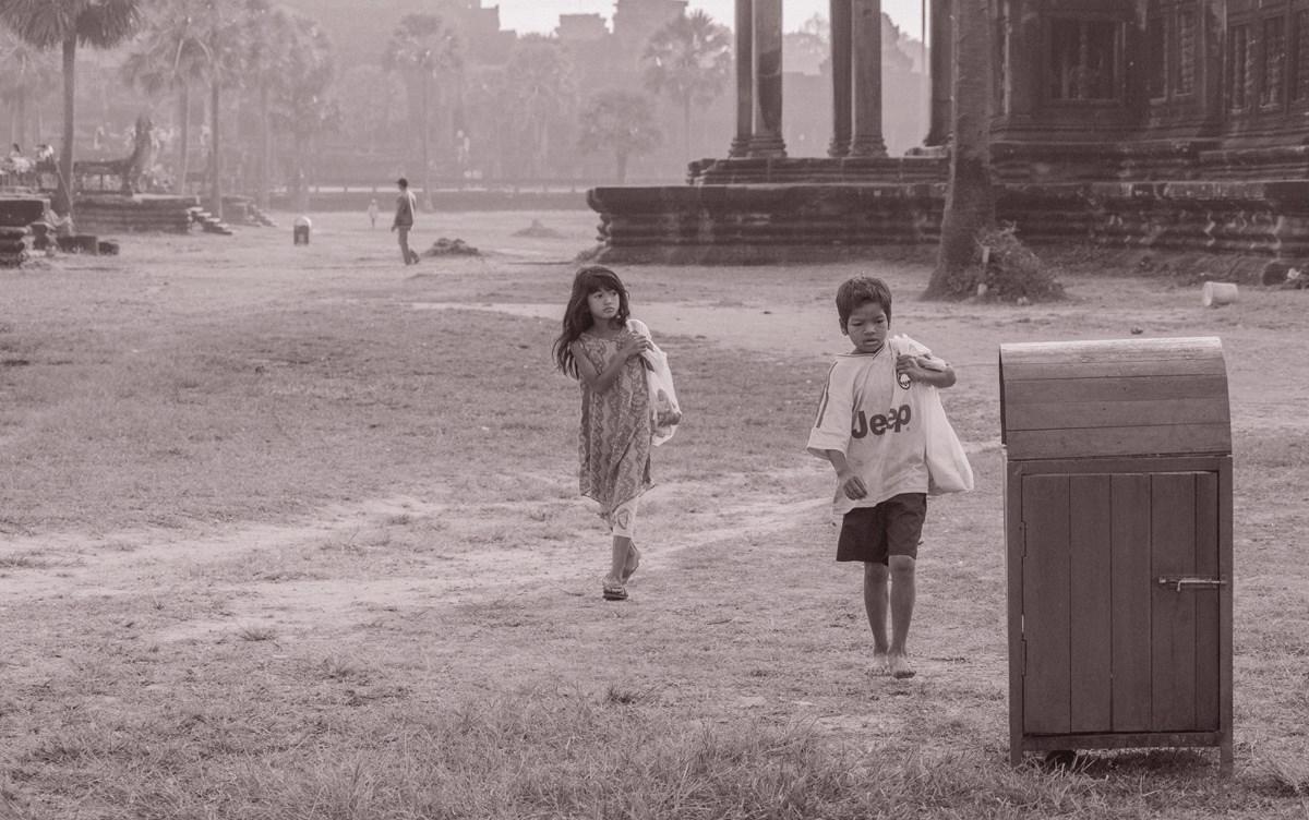 拍着拍着我怎么就哭了 发生在佛教圣地的真实故事 真正了解柬埔寨 ... ..._图1-3