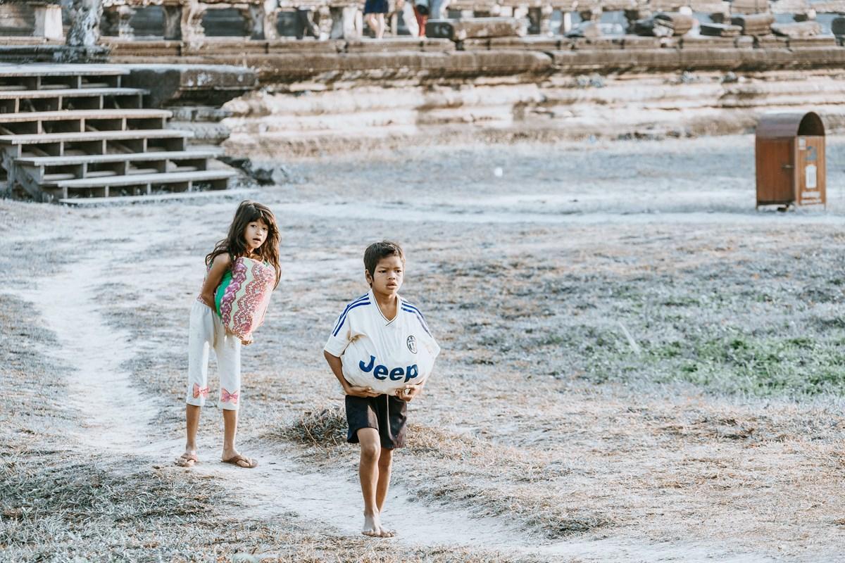 拍着拍着我怎么就哭了 发生在佛教圣地的真实故事 真正了解柬埔寨 ... ..._图1-21