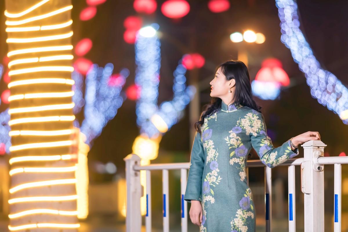 在临沂最美的街头遇见穿旗袍的女孩 传说中美丽冻人的故事开始了 ..._图1-1